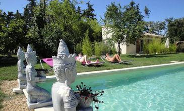 Studio Lotus- cheap house to rent Provence South France