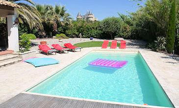 Vue du Chateau - villas South France with private pool