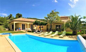 Villa Lumineuse - 6 bed Southern France villa with pool