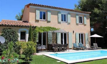 Villa Occitane - Provence holiday villas South France to rent