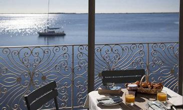 Marseillan waterfront apartments South of France