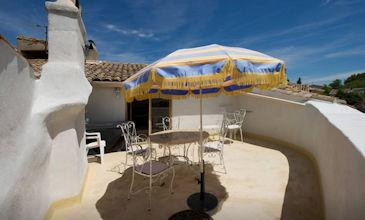 Roof apartment - St Maximin Uzes holiday rental South France